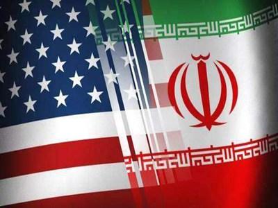 两艘油轮在阿曼海遭遇袭击 美国和伊朗各执一词