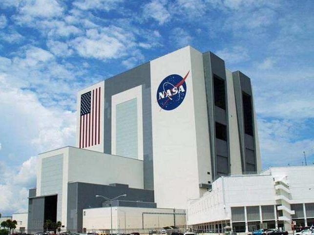 """NASA总部街道改名为""""关键少数"""" 纪念非裔女性贡献"""