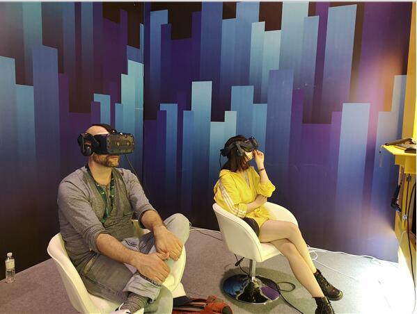 """以""""沉浸城市""""为主题2019青岛国际VR影像周开幕"""