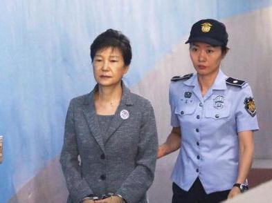 """朴槿惠""""亲信干政""""案迎终审判决 韩民众反应冷淡"""
