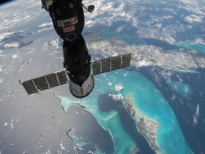 史上首次!兩位女宇航員將共同執行太空行走任務
