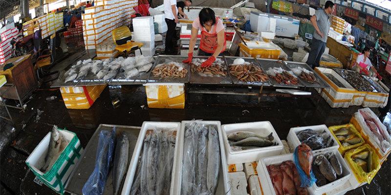 青島:節日海鮮市場銷售火熱