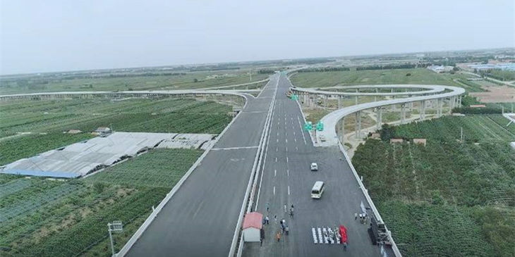 青島新機場高速實現全線貫通