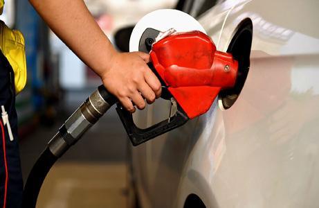 成品油价格4日24时上调 加满一箱92号汽油多花4元
