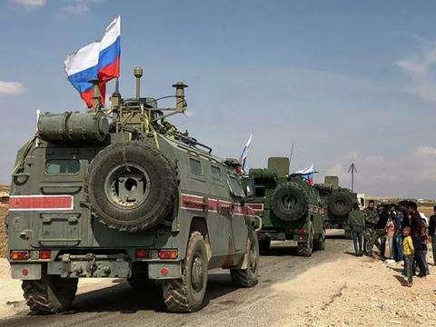 俄軍警進駐敘利亞西北部重鎮薩拉基卜