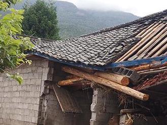 四川冕寧縣特大暴雨已造成12人遇難 10人失聯