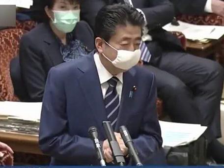 """照發""""安倍口罩"""",日本政府又挨批"""