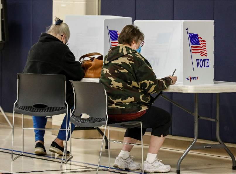 美國大選期間部分投票計票中心工作人員感染新冠病毒