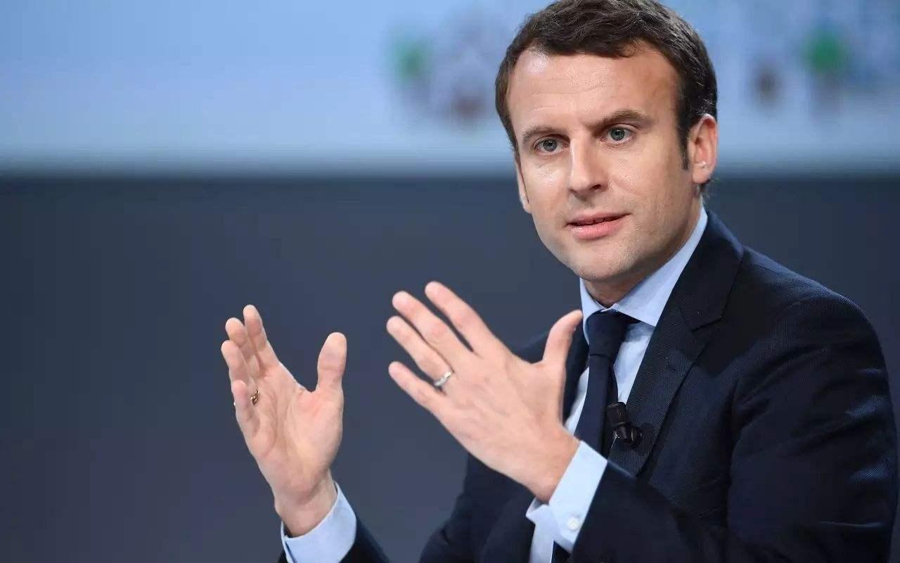 馬克龍感染新冠后首次露面,法國官方披露其具體癥狀