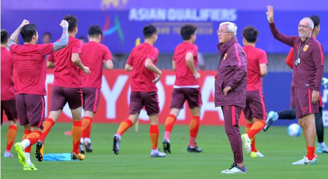 国足十月两场热身赛取消 球队将不再进行集训