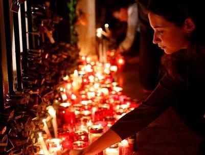 马耳他举国为反腐女记者送葬 欧盟降半旗