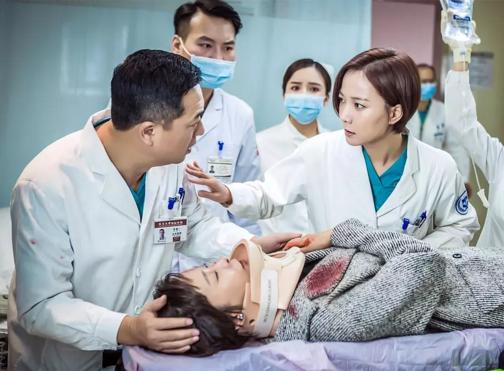 医疗剧《急诊科医生》:优点和缺点同样明显