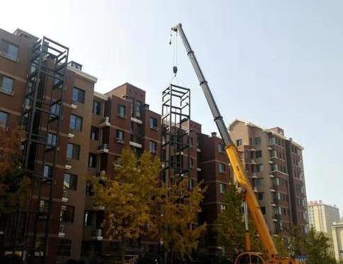 482户居民同意!上流佳苑社区为11个住宅楼装上电梯
