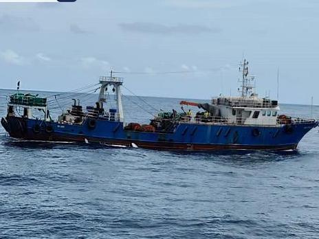 尼日利亞海軍解救遭劫中國漁船 18人獲救
