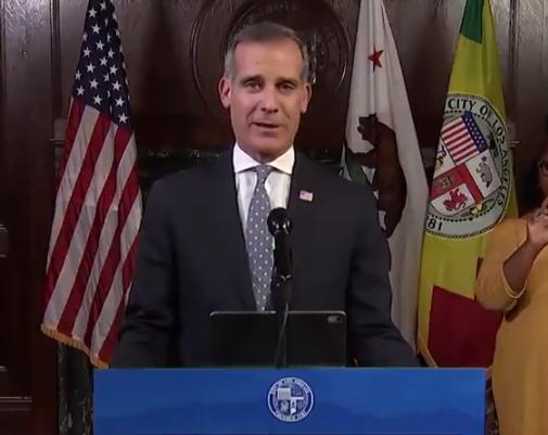 美國洛杉磯出臺了針對新冠肺炎疫情的新限制措施